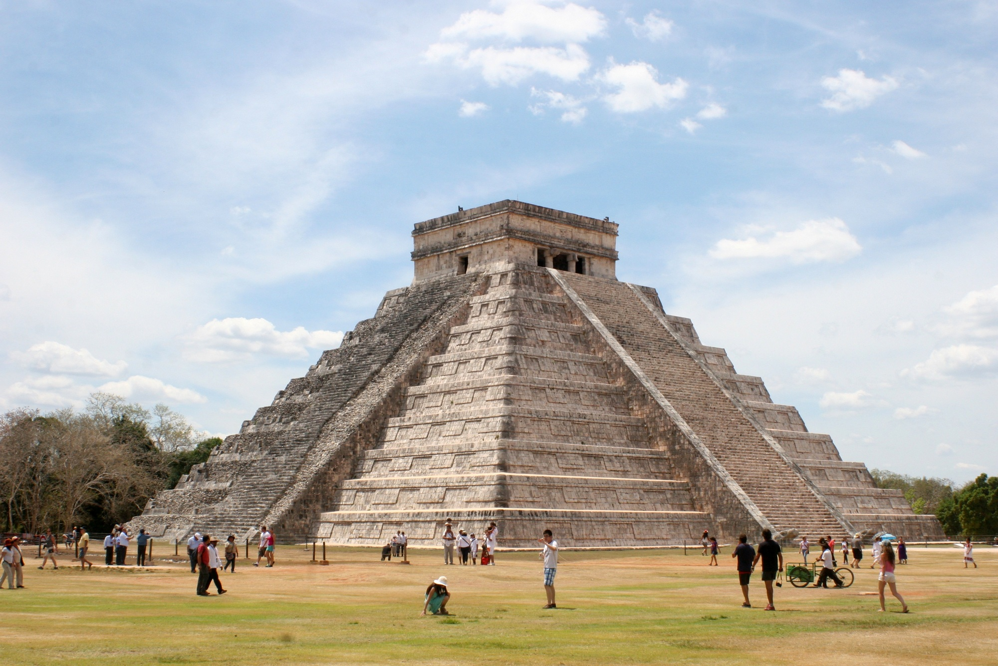 Chichen Itza. Kukulkanin pyramidi.
