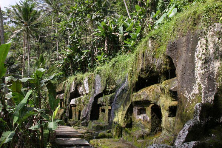 Kuvia Balilta. Gunung Kawi -temppelin vanhaa osaa.