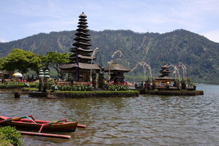 Kuvia Balilta. Pura Ulun Danu Bratan (Beratan) -temppeli.