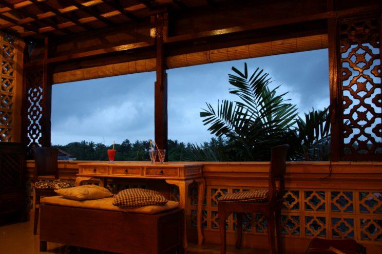 Kuvia Balilta. Ubud, Rumah Roda -majatalo.
