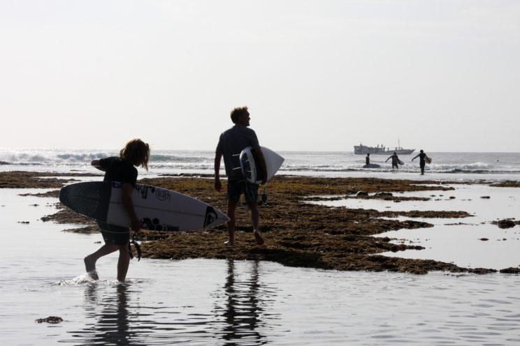Kuvia Balilta. Uluwatu (Suluban) Beach.