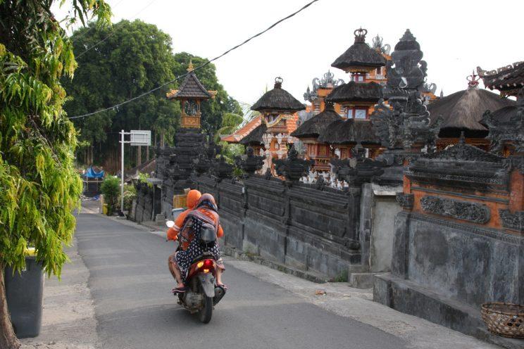 Nusa Lembongan, Bali. Temppeli.