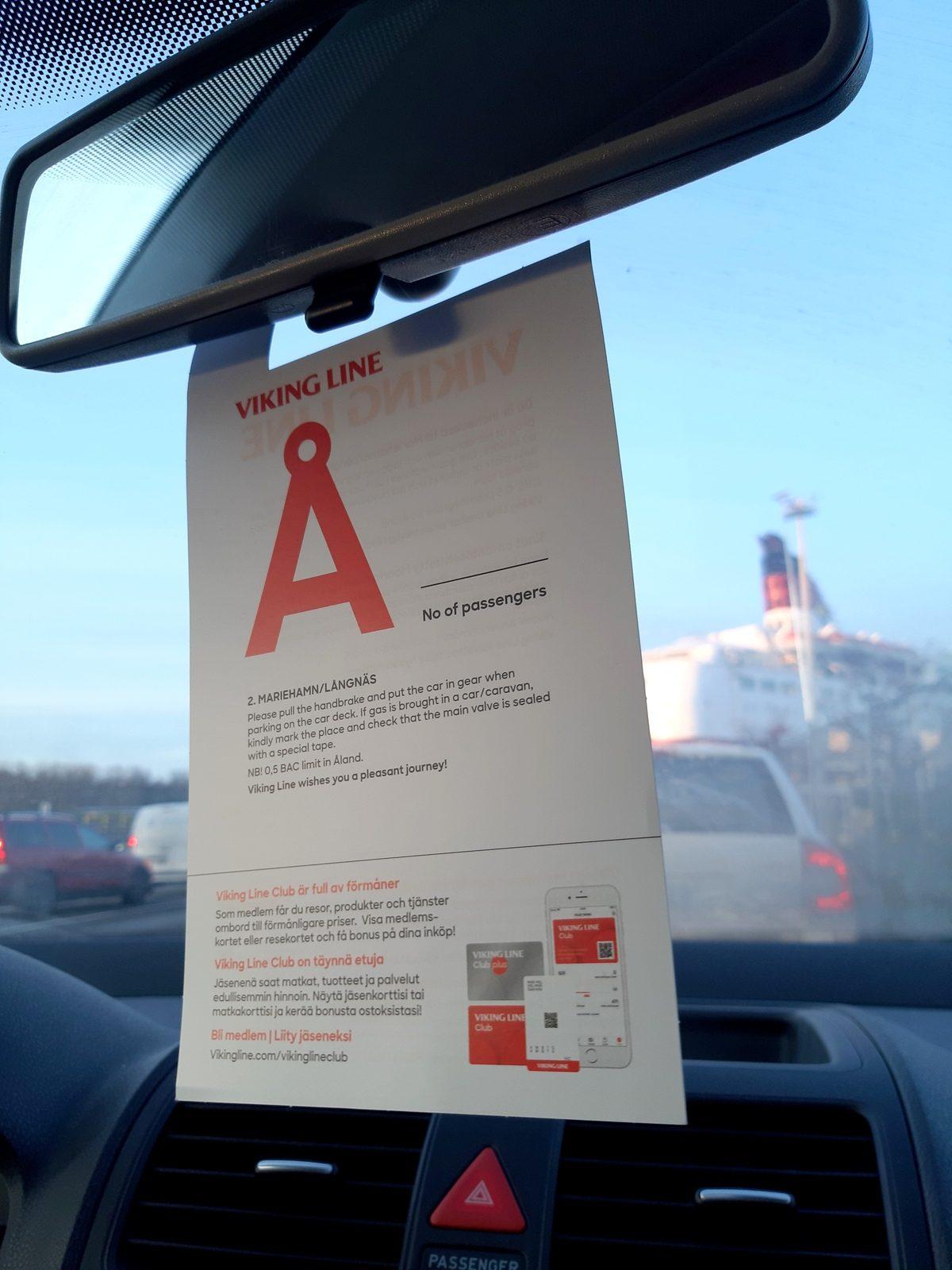 Turku - Maarianhamina: auto laivaan!