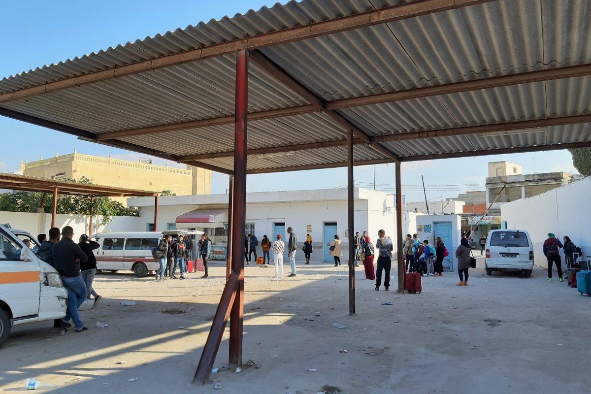 Tunisia, Kairouanin louage-asema