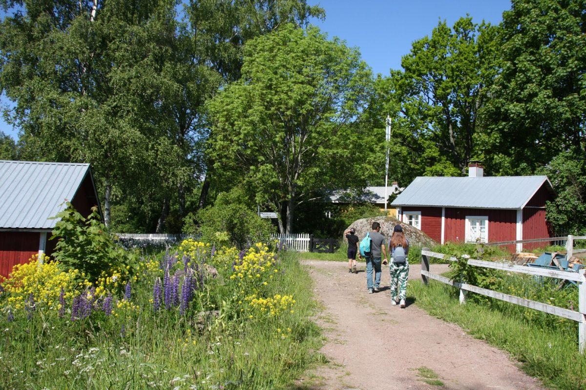Pyhtään Kaunissaari, Kotka-Hamina